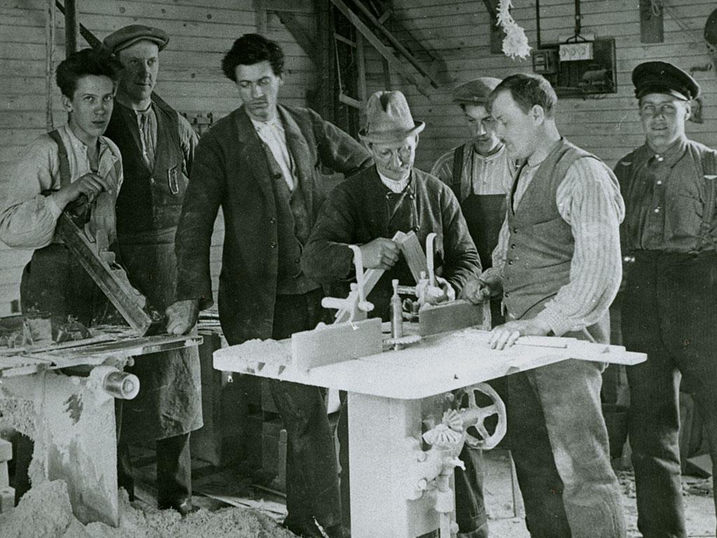 Gustav Lundgren med personal
